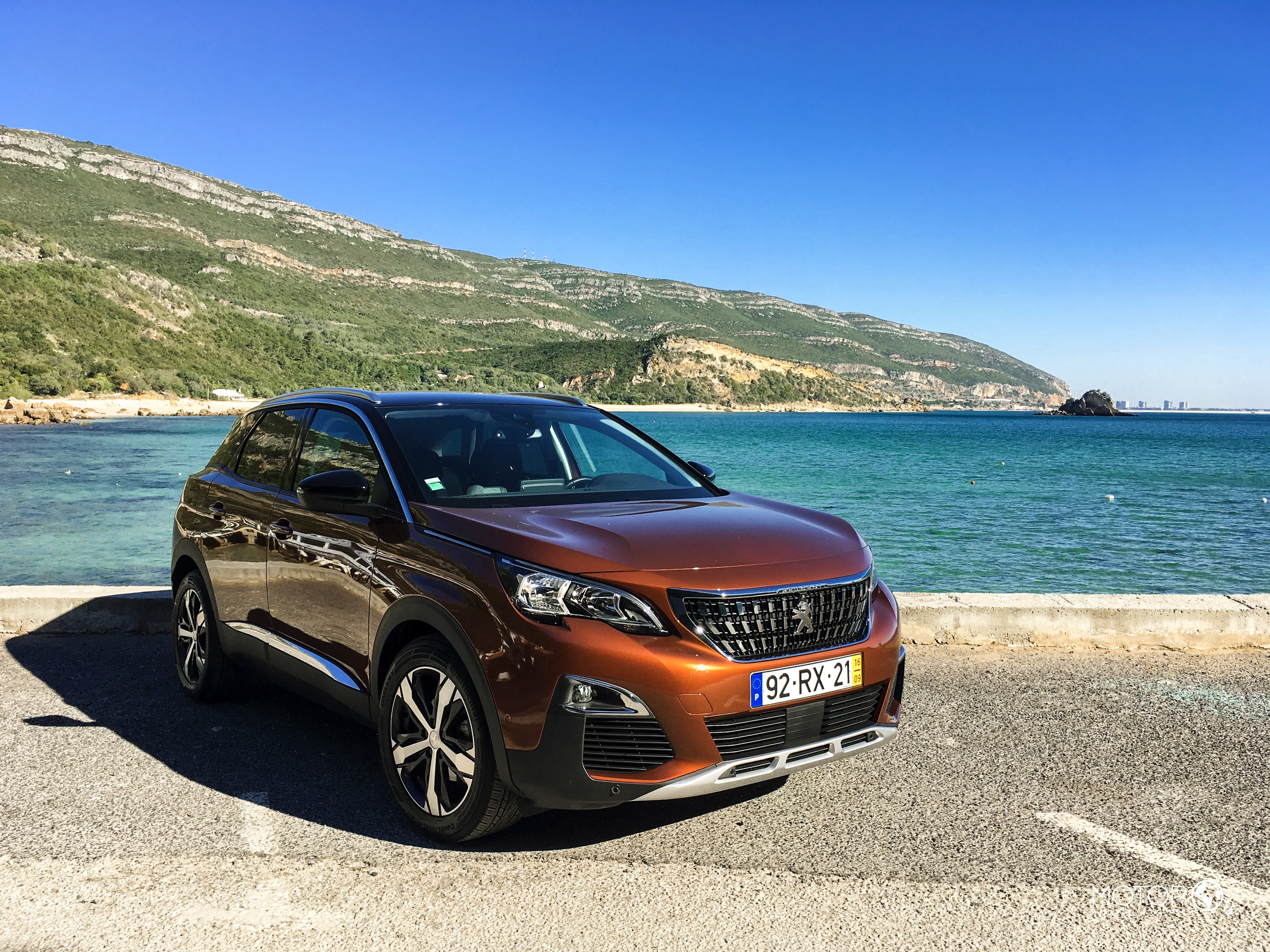 Peugeot 3008 Allure 1.6 BlueHDi EAT6