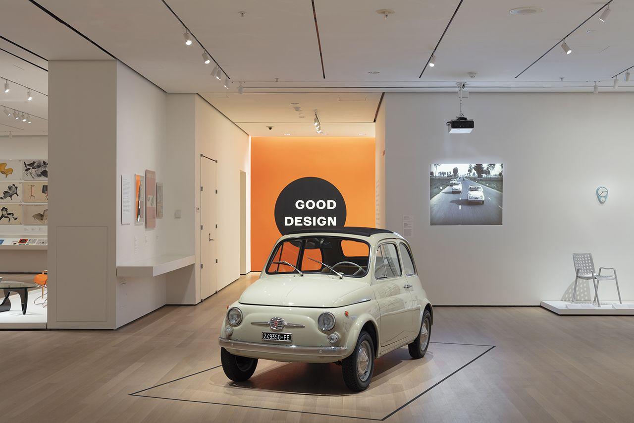 Fiat 500F em exposição no MoMA